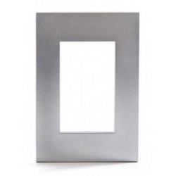 Tapa jeluz platinum para bastidor de 3 módulos plateado