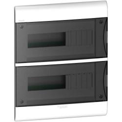 Caja plastica embutir 24 polos puerta fume