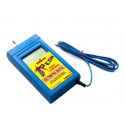 Voltimetro digital y medidor de baterias peon